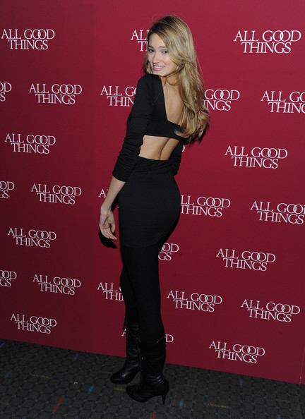 KylieBisutti_All-Good-Things_movie_premiere_Dec1_2010